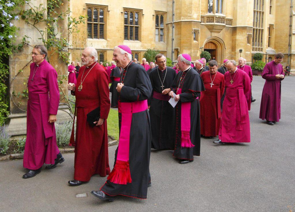 Kresťania v Anglicku zostupujú do podzemia