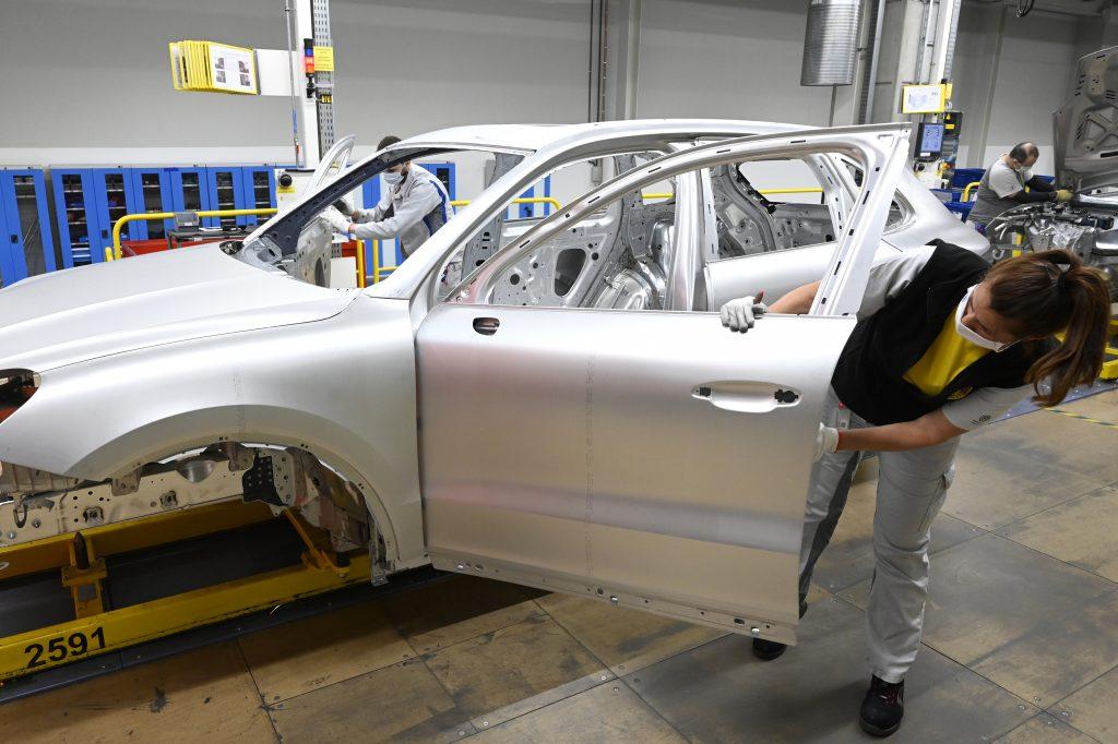 Po stroskotaní plánov v Turecku Volkswagen investuje až miliardu eur do závodu v Bratislave