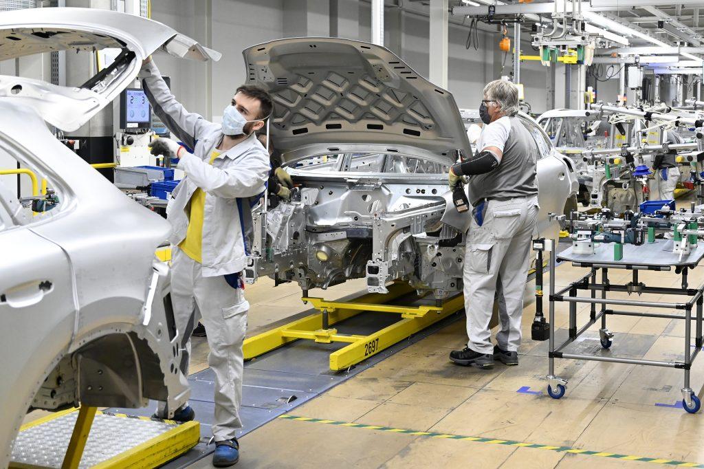 Nová investícia Volkswagenu má priniesť dve tisícky nových pracovných miest