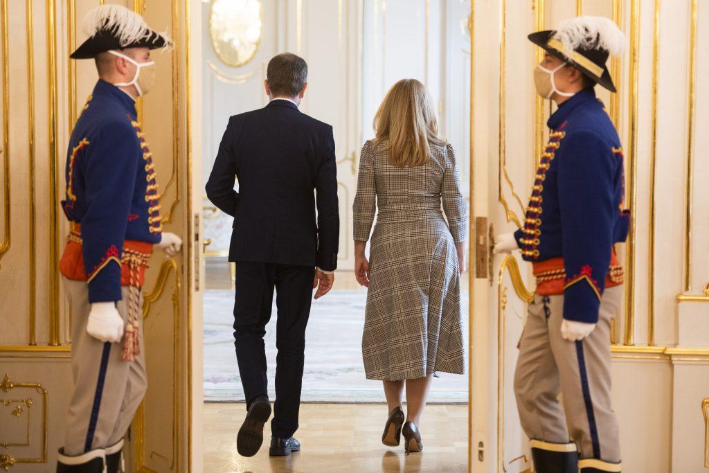 Prezidentka po stretnutí s premiérom: Je čas na zmenu prístupu