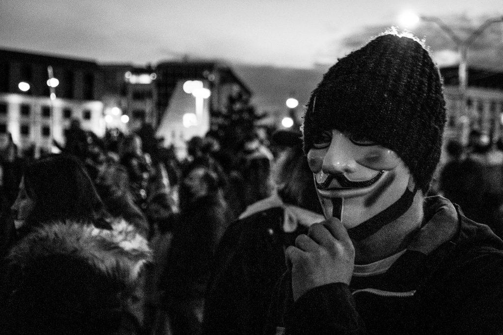 FOTO Niekoľko svetov na protivládnom proteste v Bratislave
