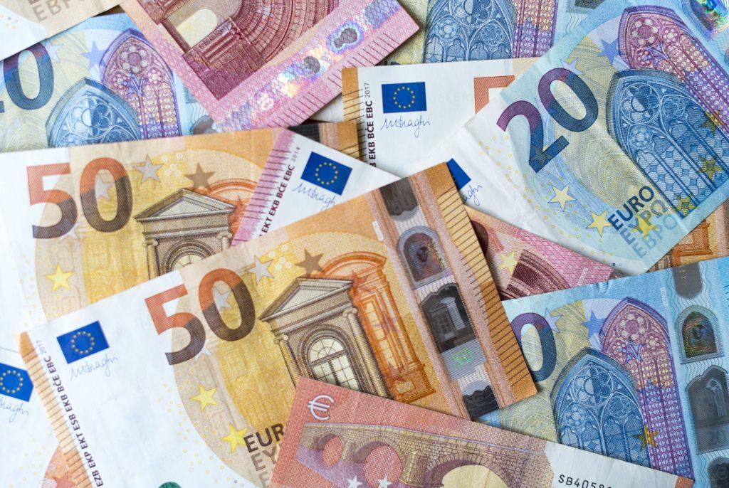 Spoločné dlhy a dane v EÚ sú čoraz reálnejšie, doplatia na ne disciplinovaní