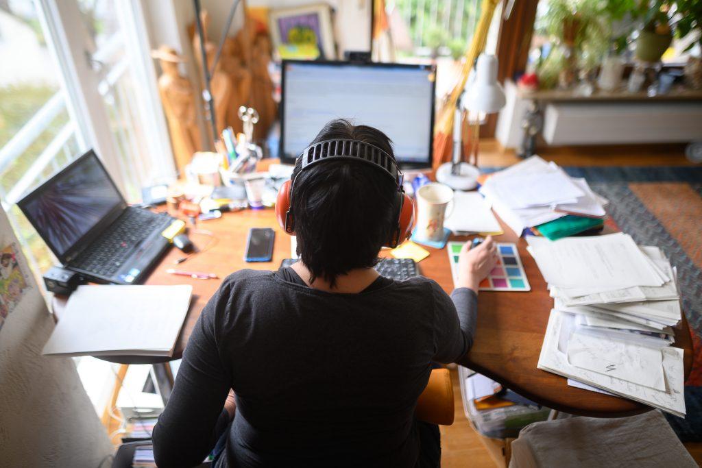 Práca z domova: Dar alebo prekliatie?