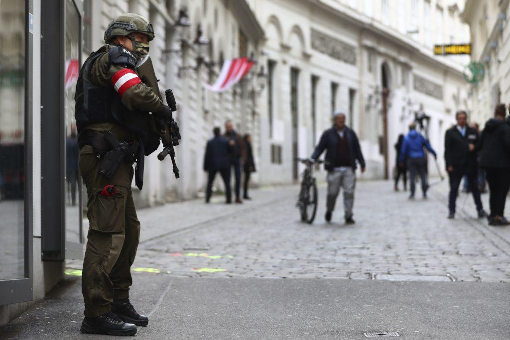 Rakúsko tiahne do boja s politickým islamom
