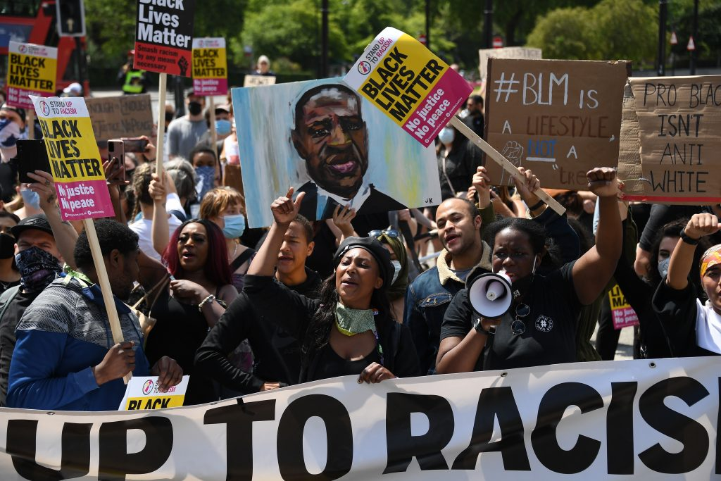 Podporuje pápež protesty radikálneho hnutia Black Lives Matter?