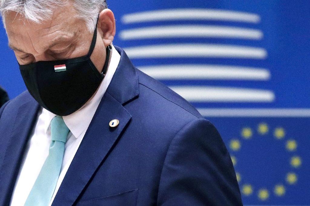 Orbán je pod tlakom nielen v EÚ. Vyšiel prvý prieskum, kde by prehral voľby