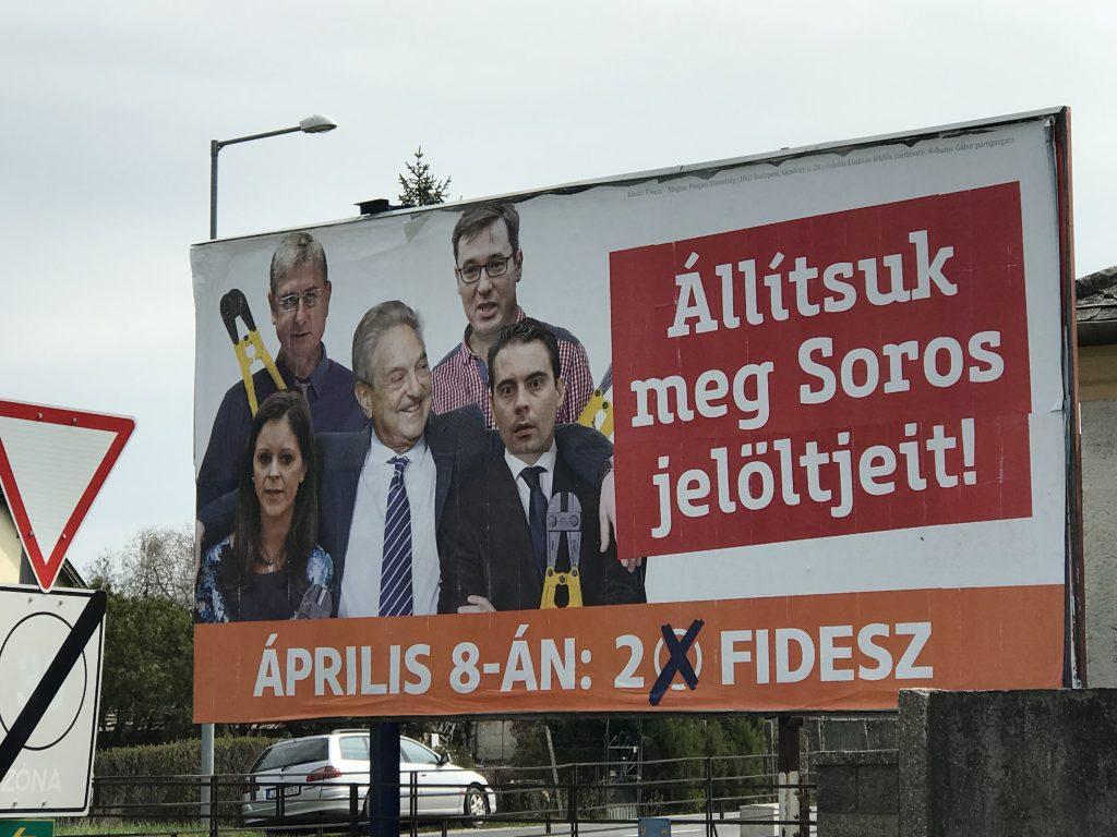 """Soros vracia Orbánovi úder. Vyzýva EÚ, aby sa nenechala """"vydierať"""""""
