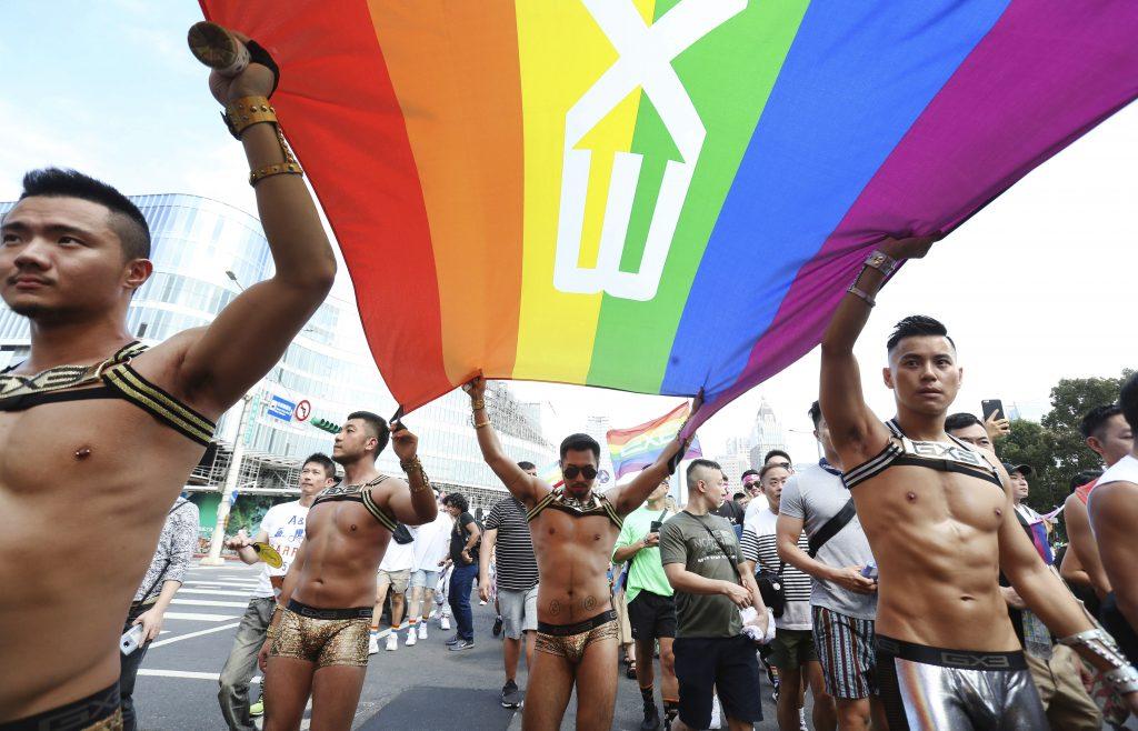 Ak chcete vedieť, čo je LGBT hnutie