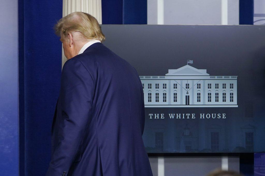 Doteraz najväčší ústupok: Trump povedal, kedy opustí Biely dom