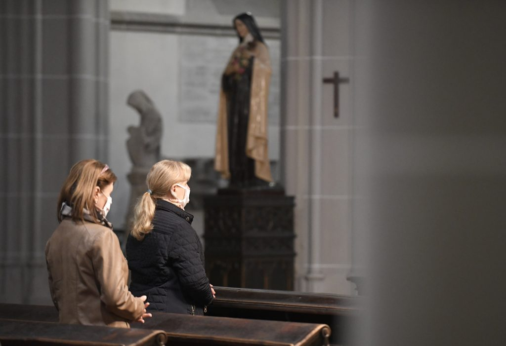 Pre kostoly platia nové pravidlá
