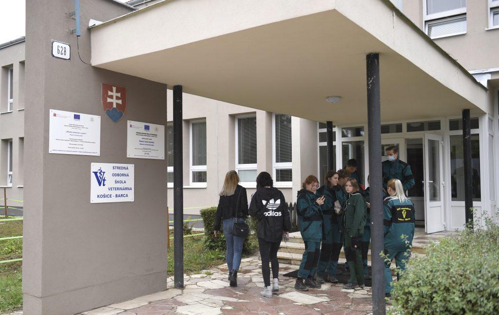 Deti sa do škôl stále môžu vrátiť v novembri