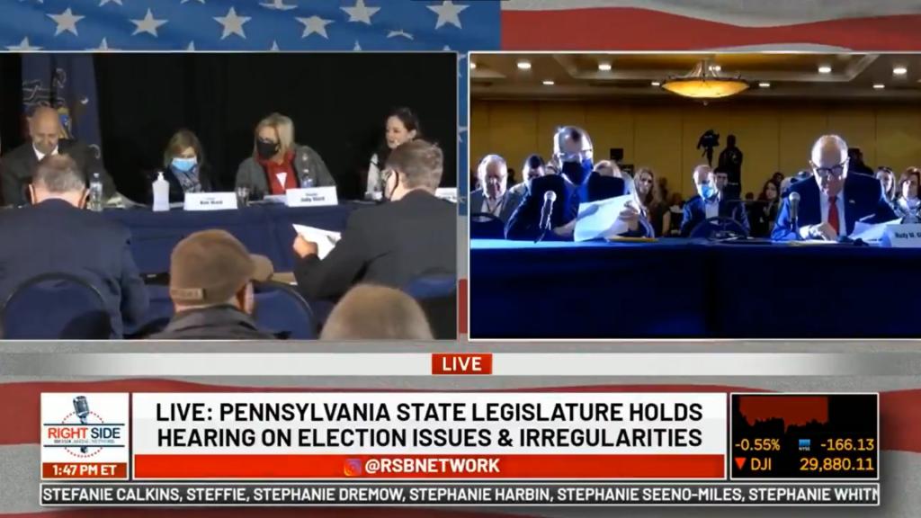 Giuliani poukazuje na podozrivé udalosti ohľadom amerických volieb v Pennsylvánii
