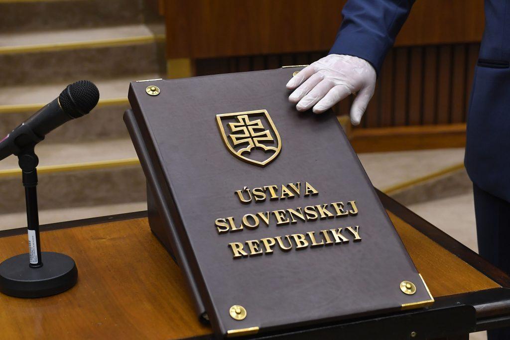 Sudcovia vyzývajú všetky zložky moci na zachovanie právneho štátu