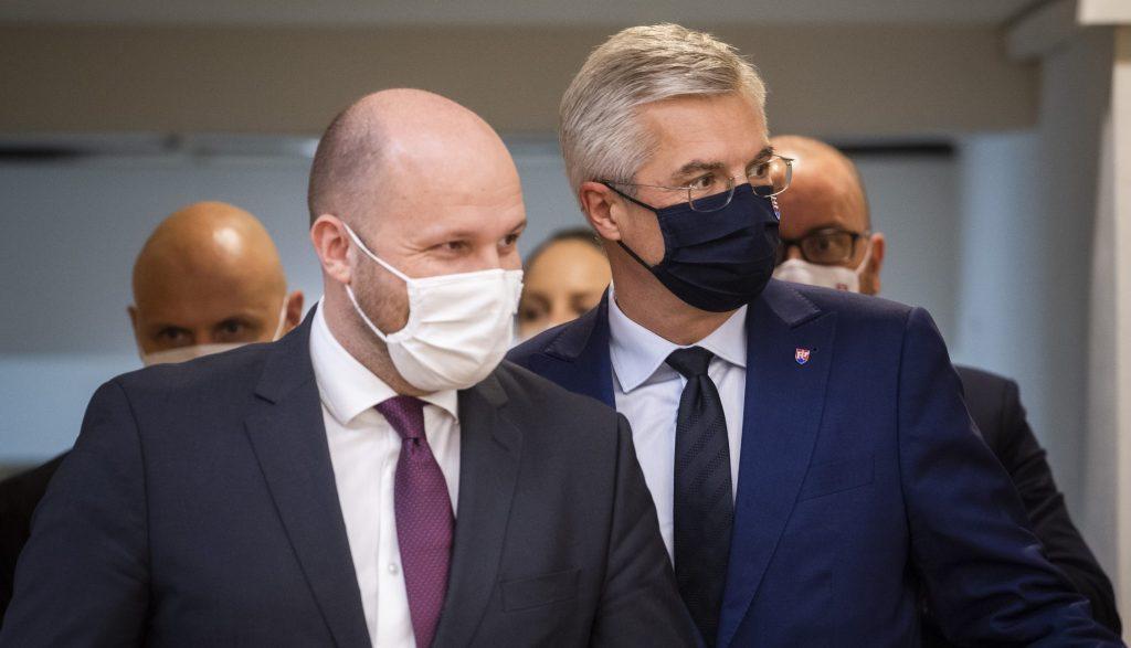 Naď a Korčok: NATO je našou základnou poistkou, treba viac na obranu