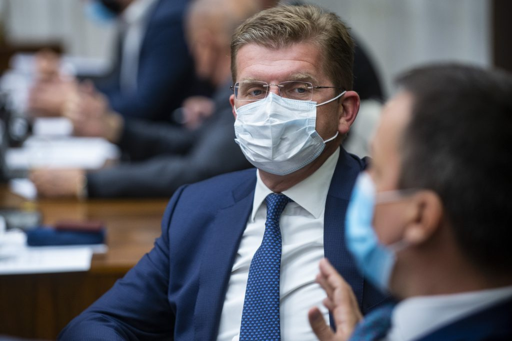 Žigu chce z korupcie usvedčiť Jankovská. Vraj jej doniesol 100-tisíc