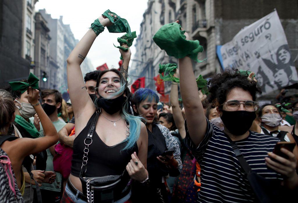 Historická prehra pre pápeža Františka: Argentína zlegalizovala umelé potraty