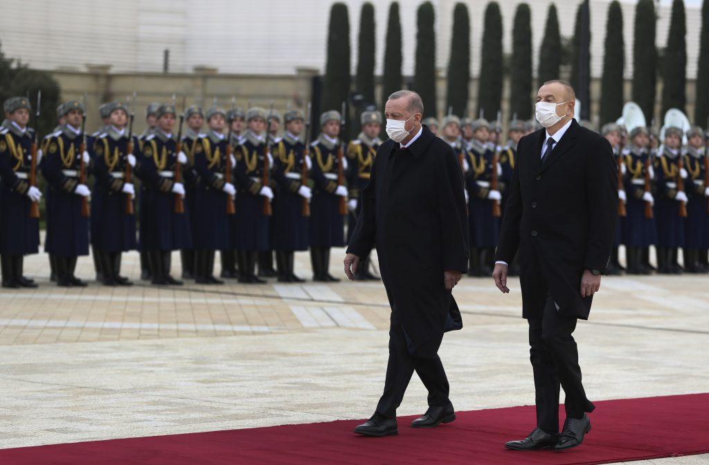 Azerbajdžanu sa máli, nárokuje si na takmer polovicu Arménska