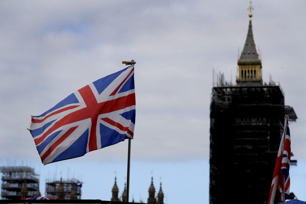 """V prestížnej britskej škole prepisujú osnovy. Vadí západné, """"biele"""" vnímanie sveta"""