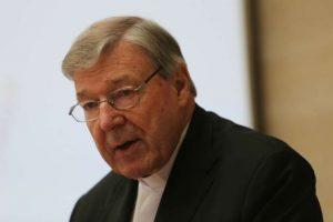 Pokrok Vatikánu v boji proti praniu špinavých peňazí a denník kardinála Pella