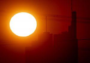 Čína spustila umelé slnko
