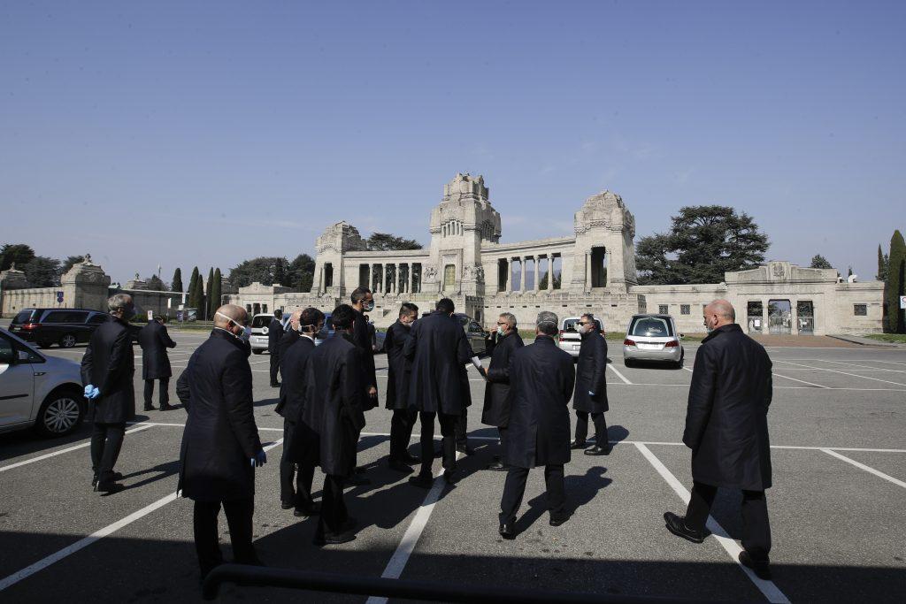 Reportáž z cintorína v Bergame