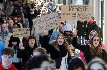 Svet si pripomína ľudské práva, ktoré pandémia ešte viac potláča