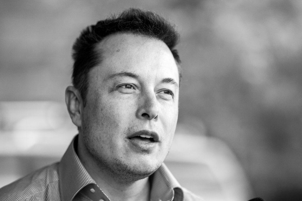 Musk: Mnohí budú nešťastní, že arbitrom slobody slova sa stali technologickí giganti