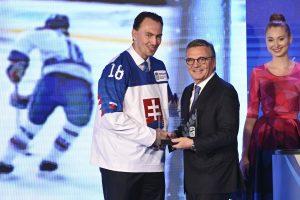 Lotyšsko má podľa domácich  k hokejovému šampionátu bližšie ako Slovensko