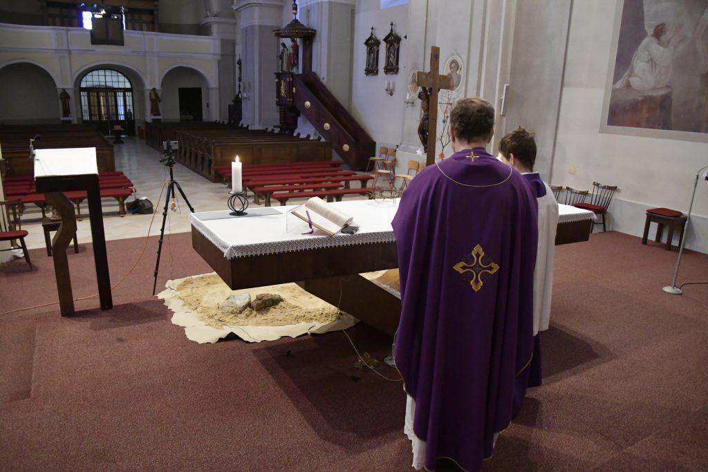 Kňazovi odmietli predať súčiastku do kotla. Firme prekážala cirkev