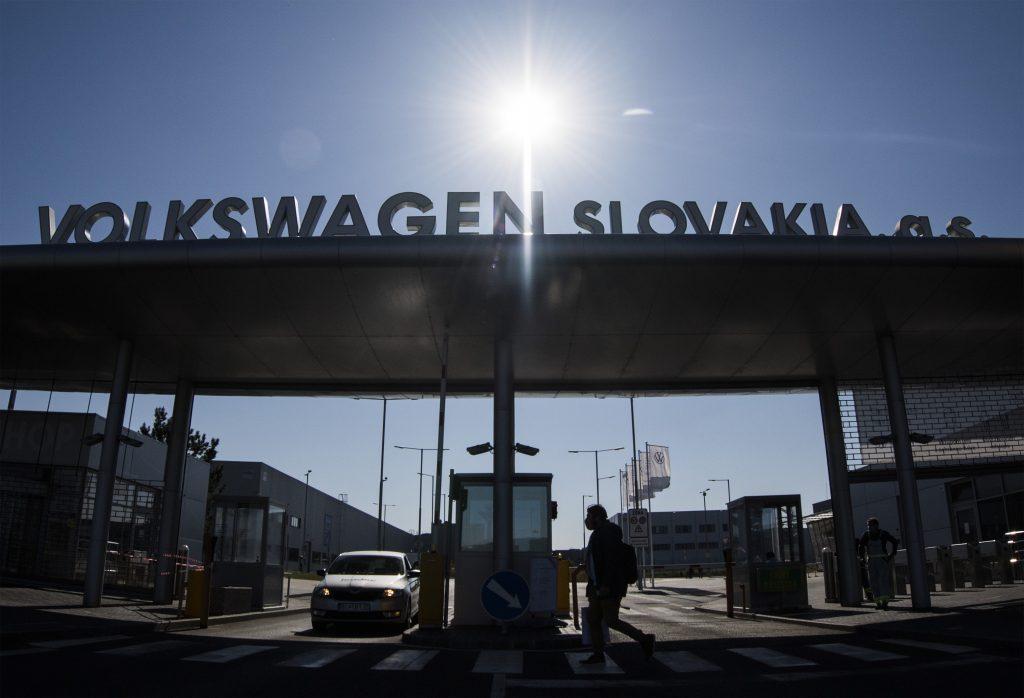 Nemecko bude skraja roka 2021 hospodársky stagnovať, Slovensko asi spolu s ním