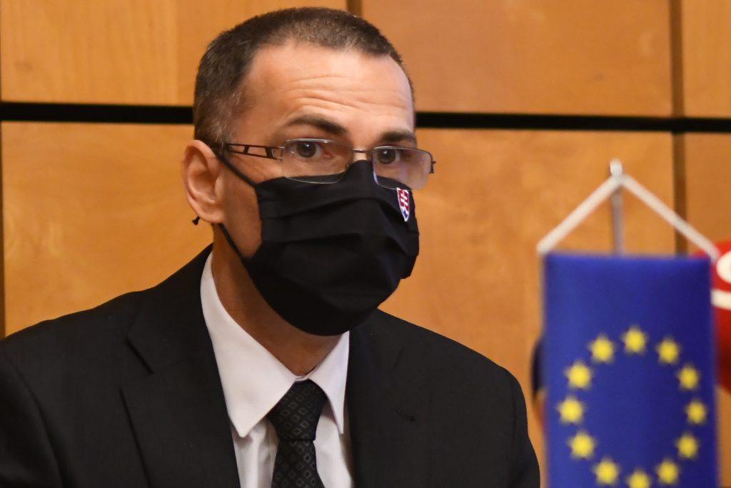 Boj s extrémizmom sa po zmenách na prokuratúre neoslabí, tvrdí Žilinka