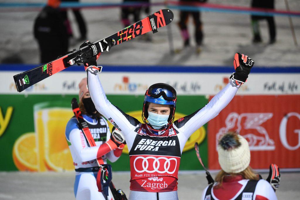 Vlhová opäť snehovou kráľovnou, v slalome nedala súperkám šancu