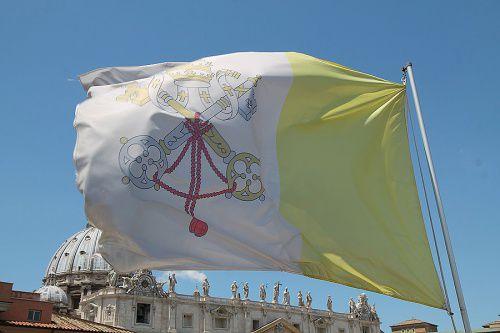 Pápežove zmiešané signály a zmiešané úspechy jeho sudcov