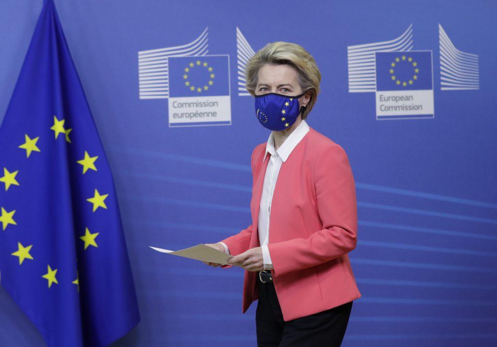 Francúzske štátne médiá majú viac informovať o EÚ. Editori za to dostávajú príplatky