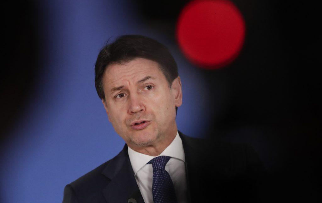Talianska vláda v kríze, volebný rebríček ovládli národno-konzervatívne strany