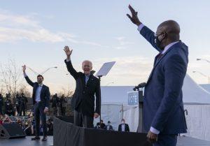 V USA hrozí totálne víťazstvo demokratov. V Georgii hrajú o väčšinu v Senáte