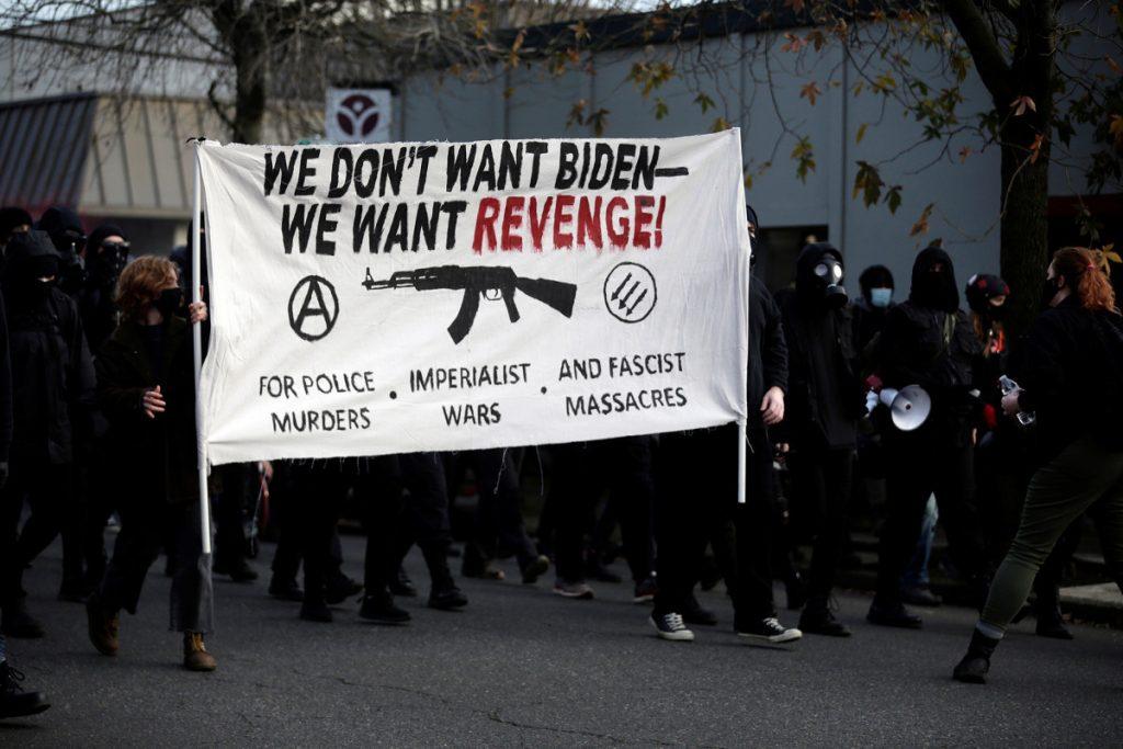 V epicentre ľavicového extrémizmu v USA zaútočili na pobočku demokratov