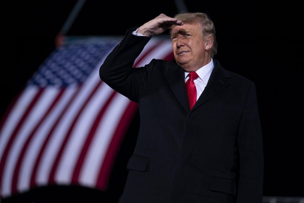 Demokrati odklepli Trumpov impeachment. Stopnú ho v Senáte