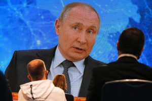 V Rusku sa stále viac hovorí o vojne proti USA, EÚ či Turecku. Čo je za tým?