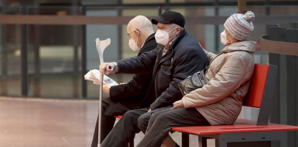 Zaočkovať proti novému koronavírusu sa môžu už aj Slováci nad 75 rokov