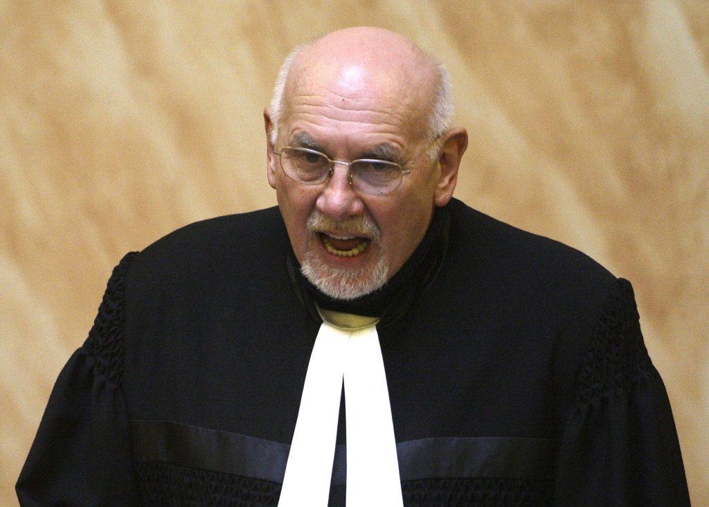 Prečo šéf českého ústavného súdu vyhlásil za neústavný zákon, za ktorý predtým sám hlasoval