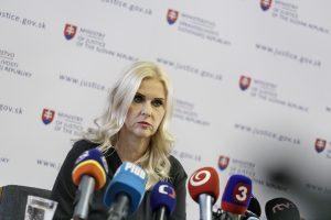 Moniku Jankovskú prepustili a znova zadržali. Psychicky sa zrútila