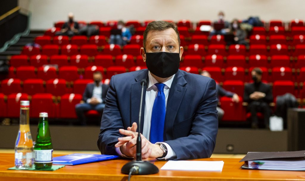 Poslanci za špeciálneho prokurátora zvolili Daniela Lipšica
