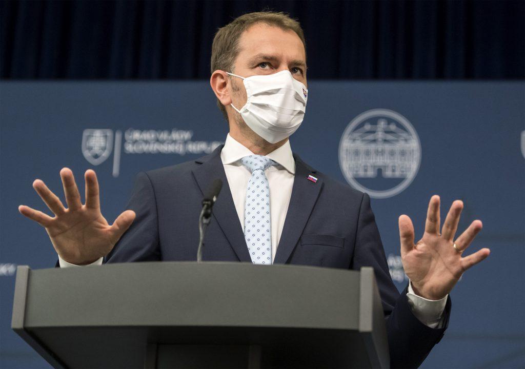 Matovič upozorňuje, že Nemecko objednalo miliardu testov a opäť útočí na koaličných partnerov