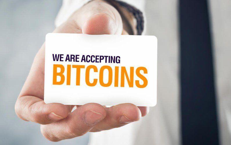 Bitcoiny sa vkliesnili do sveta bežných peňazí, v USA si za ne môžete kúpiť auto