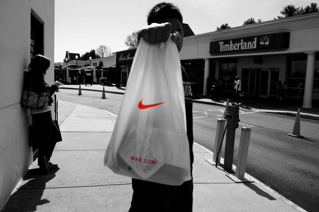 Firma Nike, aktívna v Black Lives Matter, ostáva podozrivá z využívania nútenej práce Ujgurov