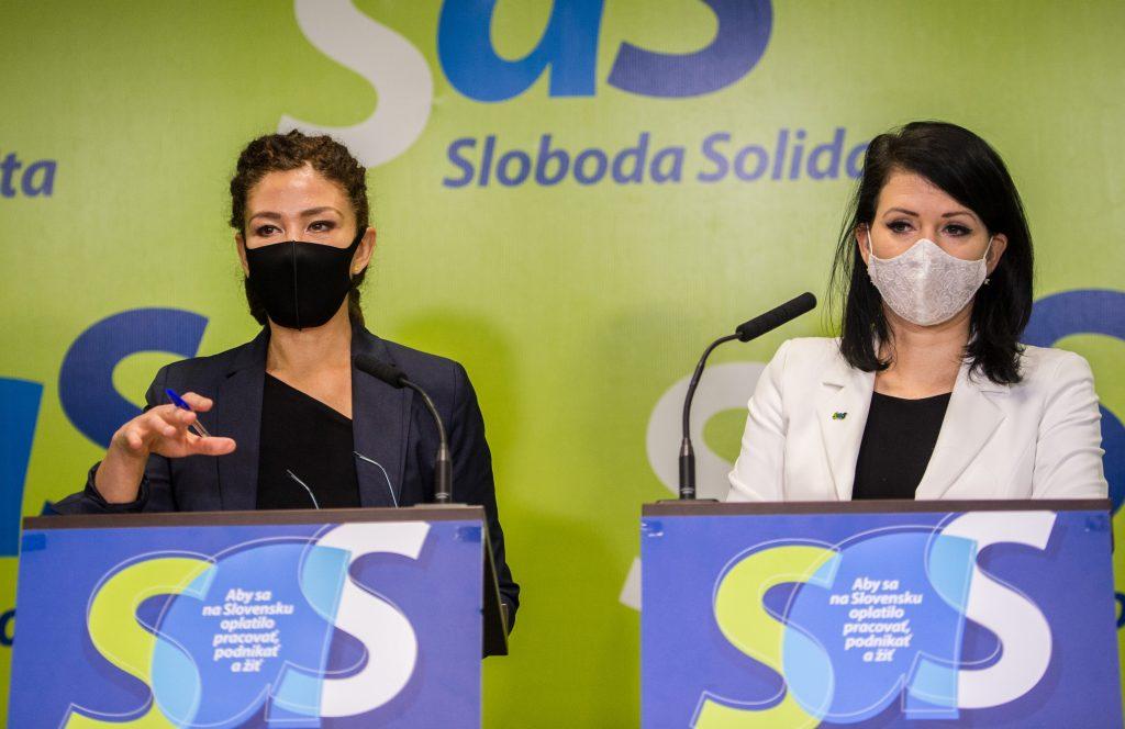 Slovensko malo prísť o miliardu eur. Remišová píše političkám SaS, že klamú
