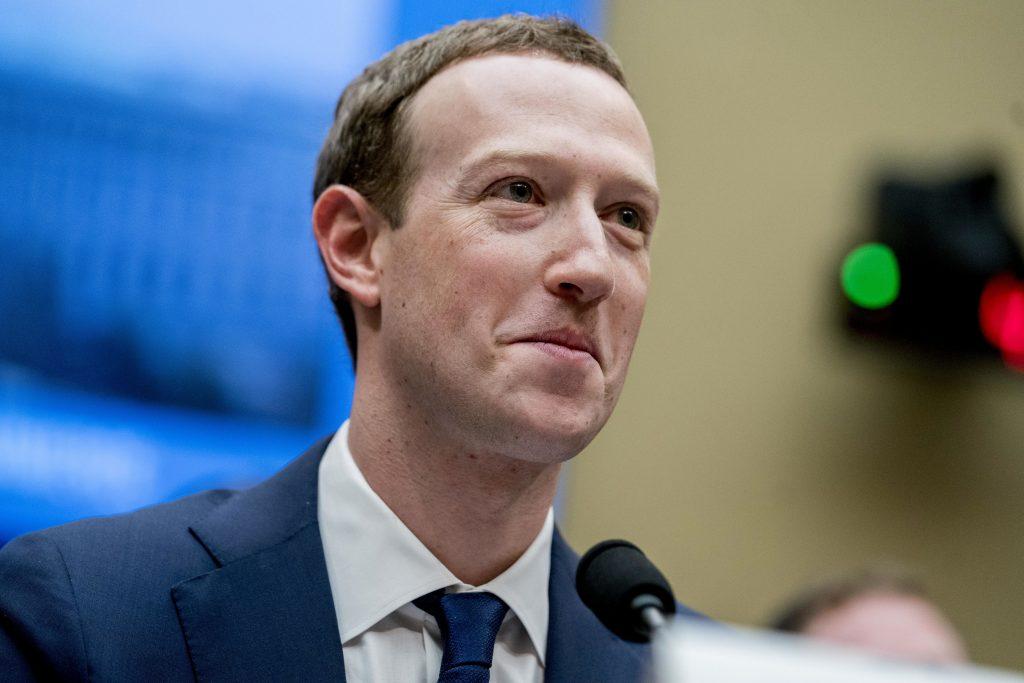 Facebook je vo vojne s Austráliou. Zakázal na ich trhu zdieľať správy