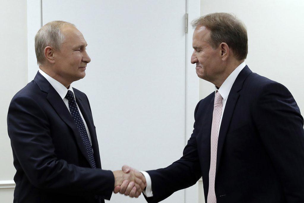 Proruská Ukrajina sa mobilizuje. Najsilnejšiu stranu vedie Putinov priateľ