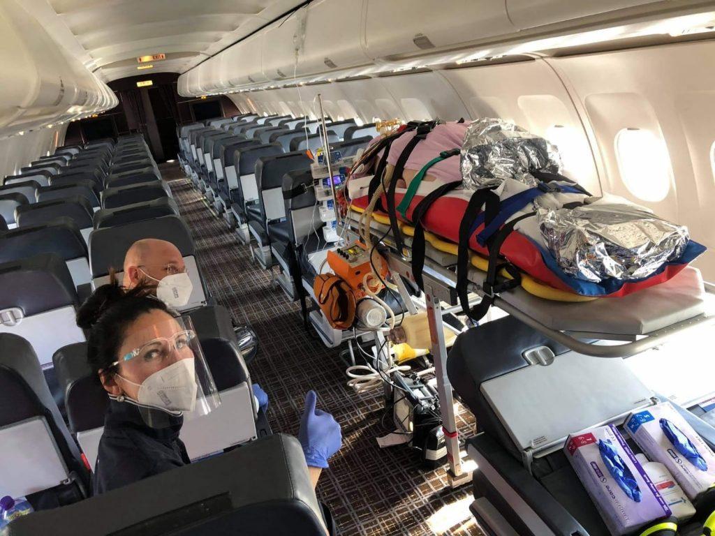 Visolajský: Zaplatíme prevoz pacienta lietadlom, ale nedáme lekárom. Nie je nám trápne?